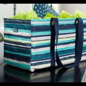 Large utility tote by Thirty-One